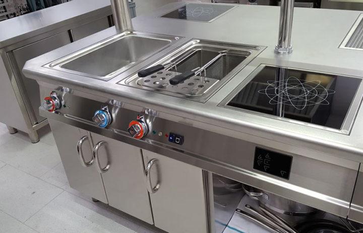 attrezzatura-cucina-professionale-clinica